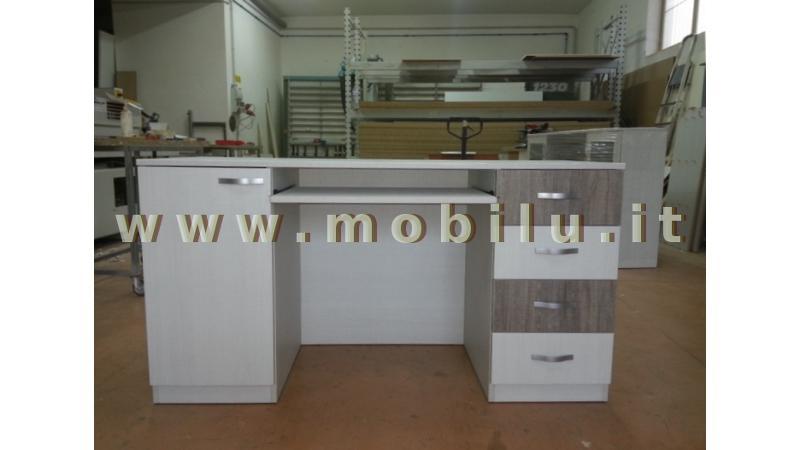 Pareti attrezzate Lecce e provincia produzione in legno massello
