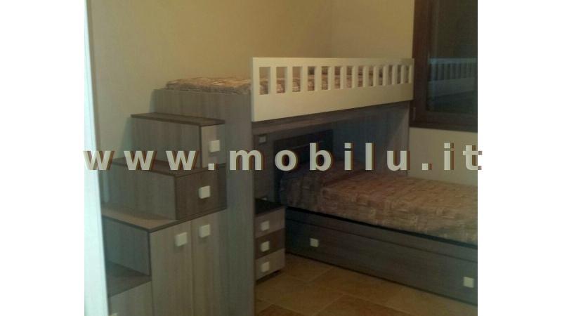 Camerette e camerette per bambibi Lecce e provincia in legno con colori vivaci e armadio
