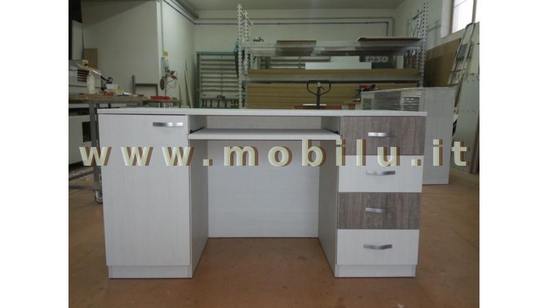 Complementi di arredo in Lecce e provincia Porta TV in legno massello laccati avorio patinato verde con cassetti