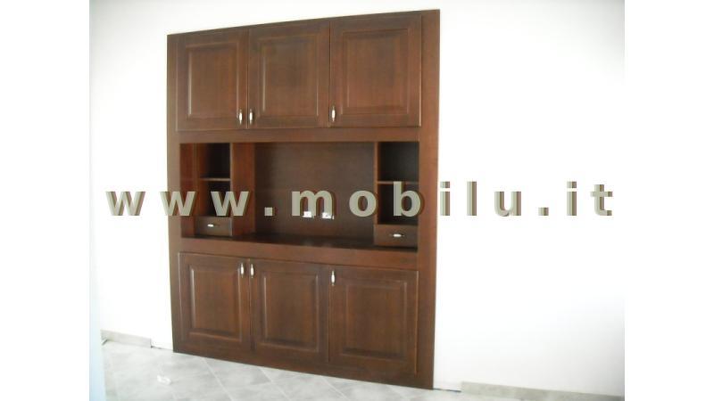 Pareti attrezzate Lecce e provincia realizzata in legno